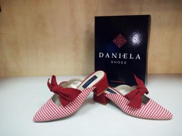 DANIELA--19212